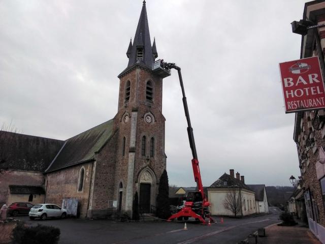 Église avec chariot télescopique